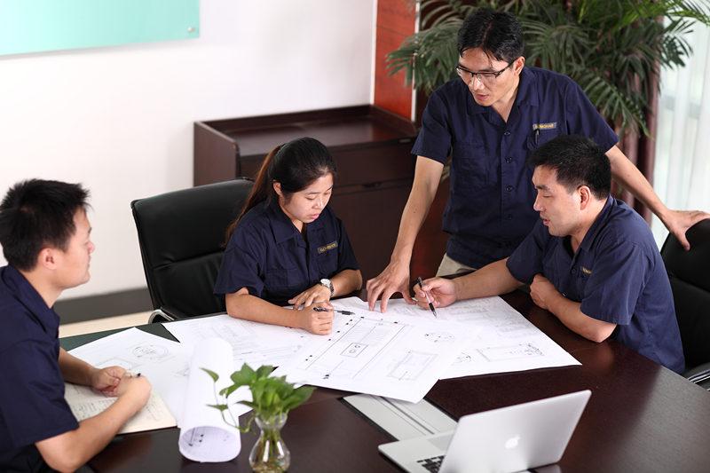 ДИЗАЙН БЕЗКОШТОВНОЇ СИСТЕМИ та QUOTE Безкоштовний сервіс дизайну та котирувань надається технічною командою GOMON. Ми завжди тут, щоб допомогти і запропонувати поради там, де це необхідно, просто зателефонуйте нам або по електронній пошті, щоб ми могли розпочати роботу. Наша технічна команда GOMON розробить систему гарячої води спеціально для вашого будинку. Ми раді проконсультувати Вас щодо найкращого системного рішення для досягнення Ваших цілей, навіть якщо це означає рекомендації альтернативних рішень для гарячої води.